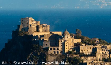 Castello-Aragonese-low