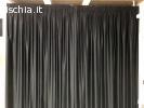 Tenda nera da interno con staffa