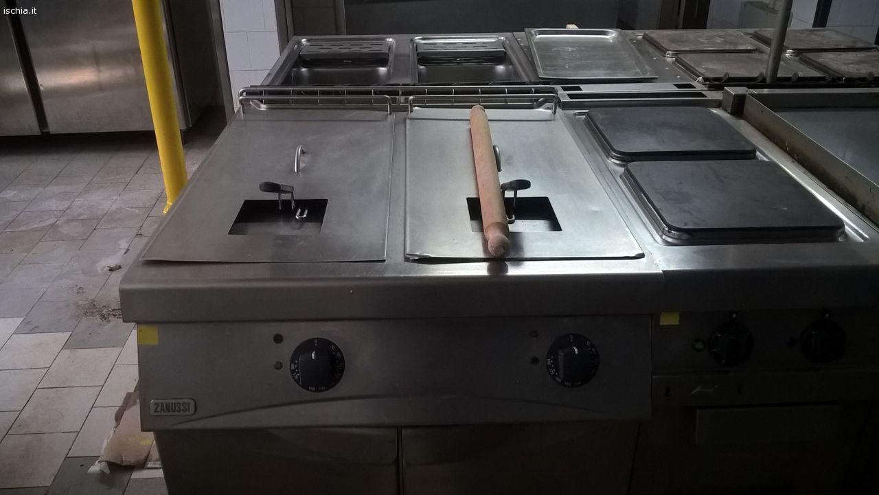 Annunci mercatino usato cucina elettrica professionale for Cucina 6 fuochi professionale usata