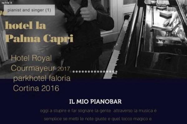 Pianista di hotel lounge pianobar