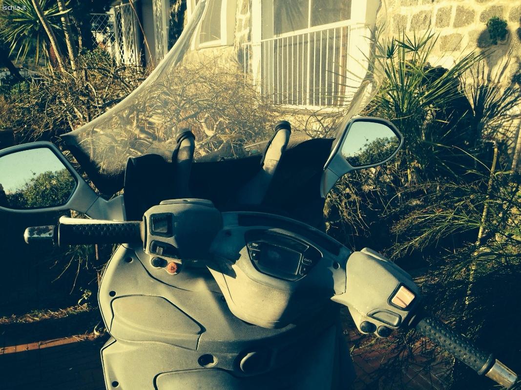 Annunci mercatino usato ad ischia vendo scooter x9 piaggio for Mercatino usato trento