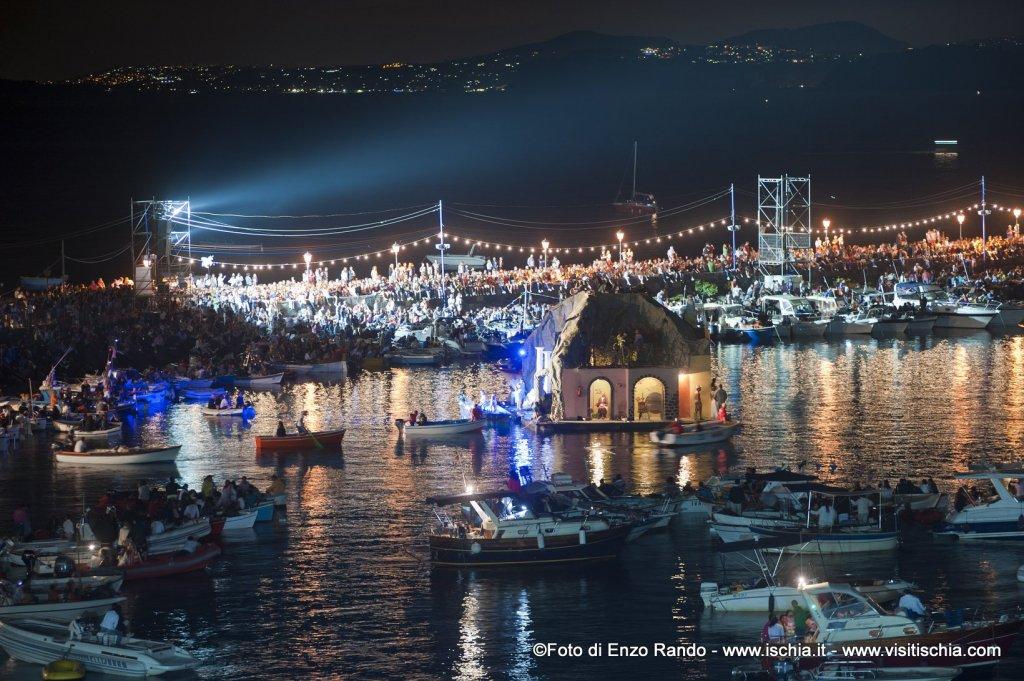 Aaa San Antonio >> Ischia.it - Festa a Mare agli scogli di Sant'Anna