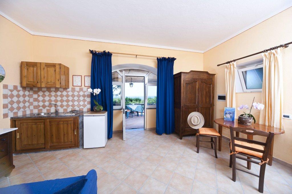 Appartamenti bellavista for Appartamenti ischia