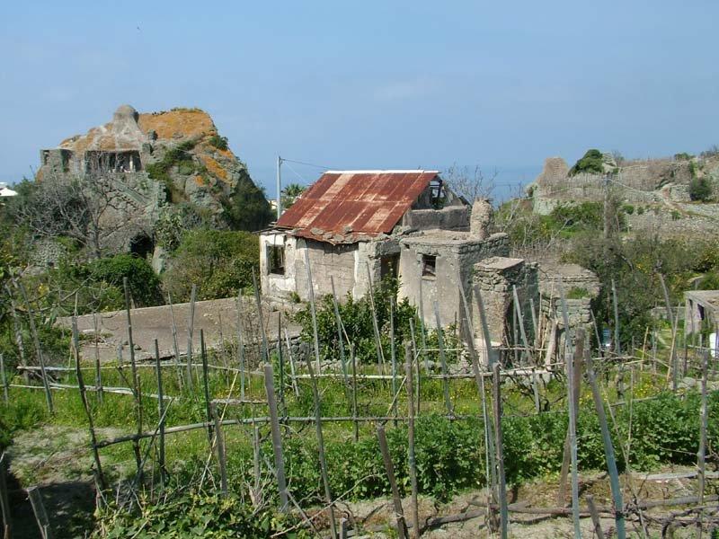 Casa di pietra del cuotto for Case di pietra davanti