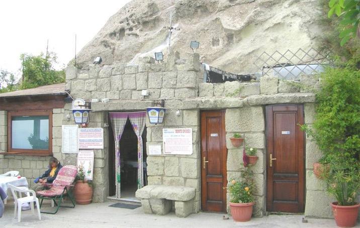Bar Ristorante La Grotta M. Epomeo