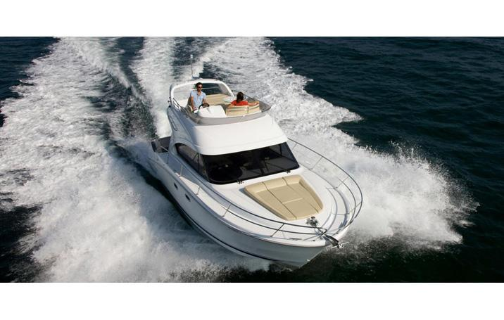Mare Blue daily charter