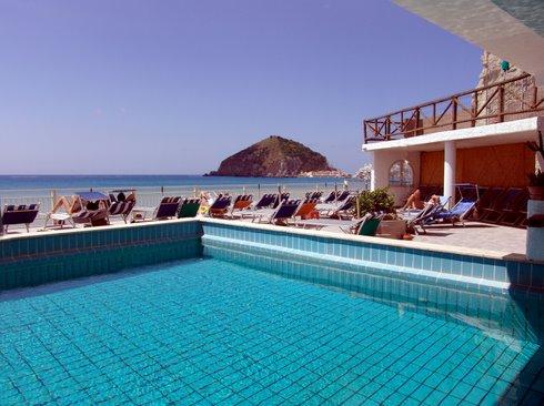 Hotel Vittorio, la piscina
