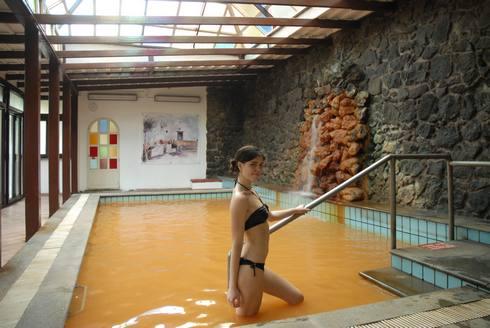 Ischia lastminute hotels 4 stelle ischia hotel terme san for Piani lussuosi con piscina coperta