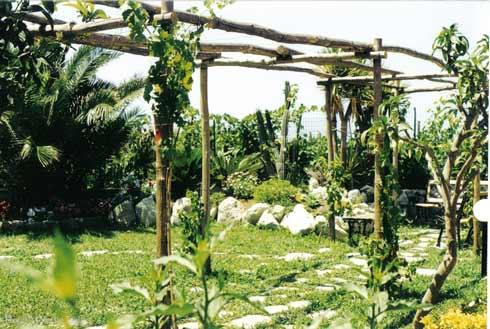 Hotel Villa Melodie Pergolato nel giardino