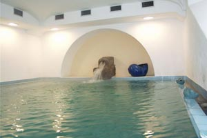 Hotel Villa Melodie piscina coperta
