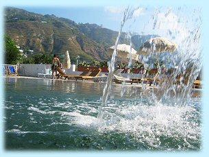 Residence Baia di Sorgeto, la cascata