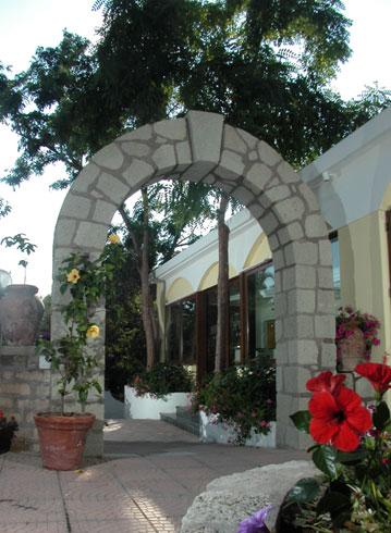 Hotel Hibiscus - L'arco
