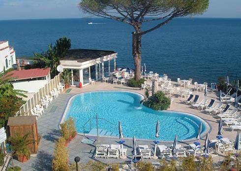 Ischia lastminute hotels 4 stelle ischia albergo l 39 approdo for Soggiorno a ischia last minute