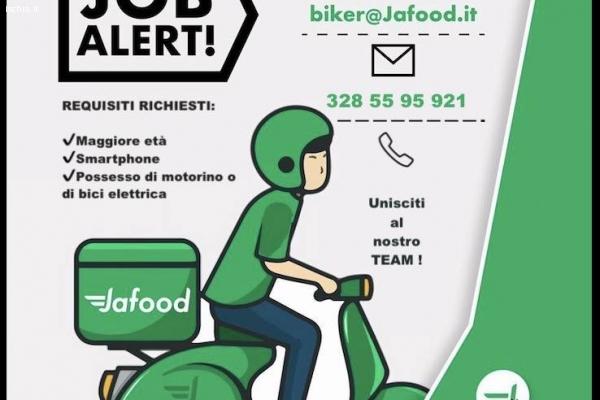 Cercasi Biker: Corrieri per consegne a domicilio
